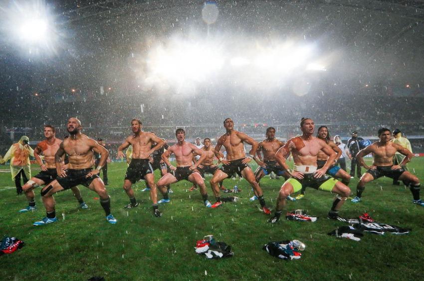 1450b_shirtless_rugby_men-2